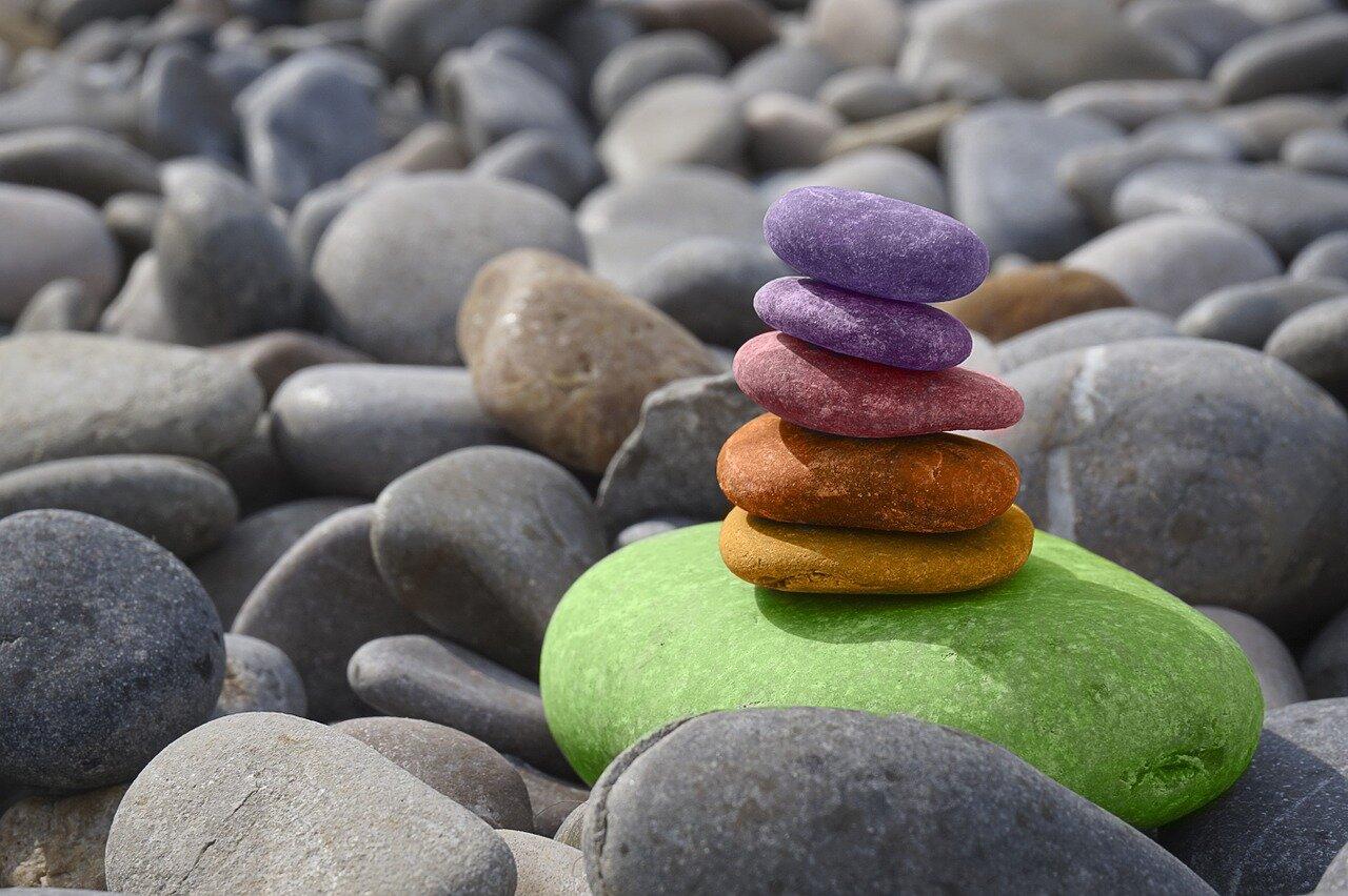Kamień ogrodowy – urządź ze smakiem swój ogród. Tani kamień dekoracyjny do ogrodu