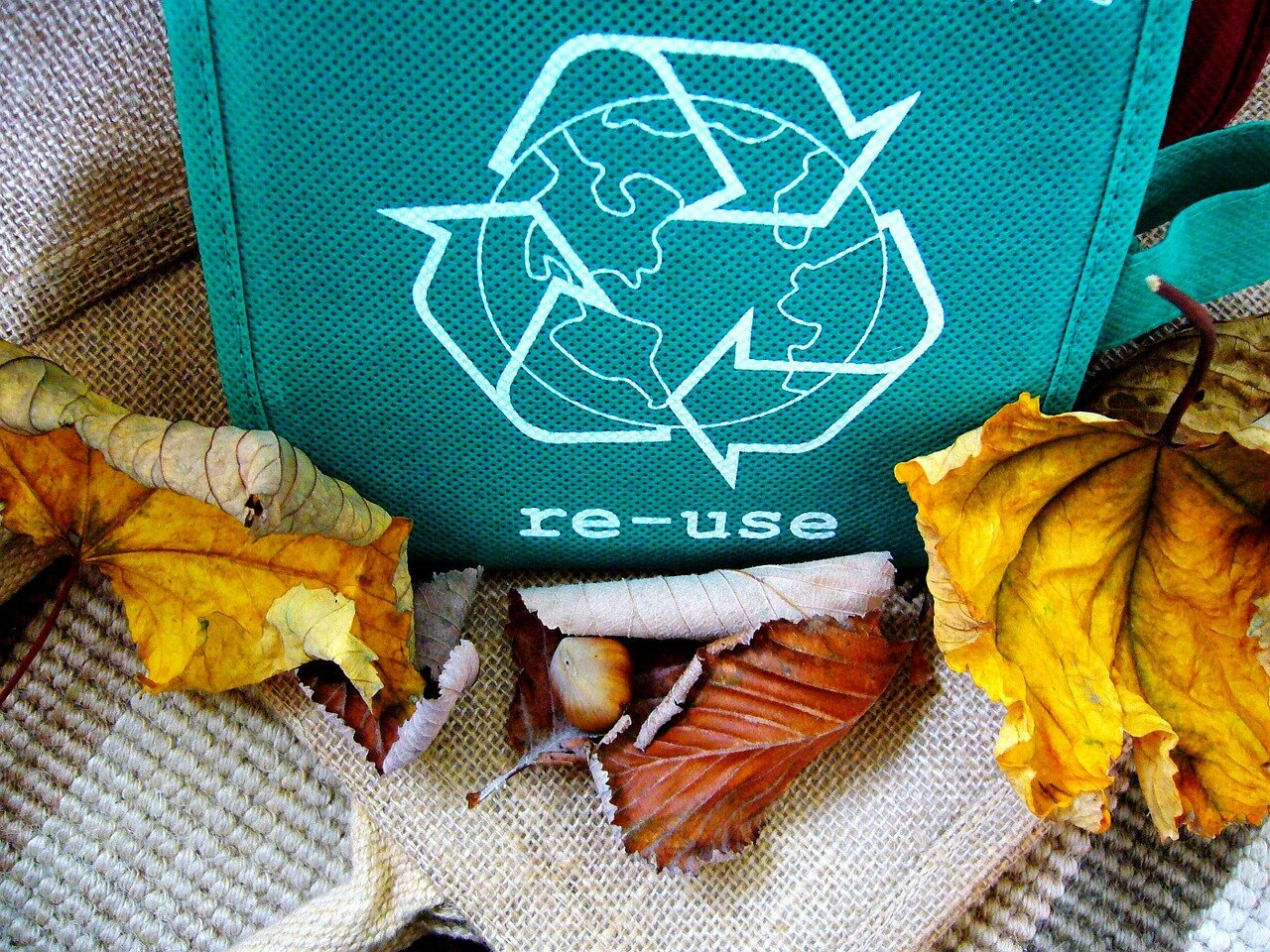 Odwieczny problem ze śmieciami. Kompaktor do styropianu – RUNI
