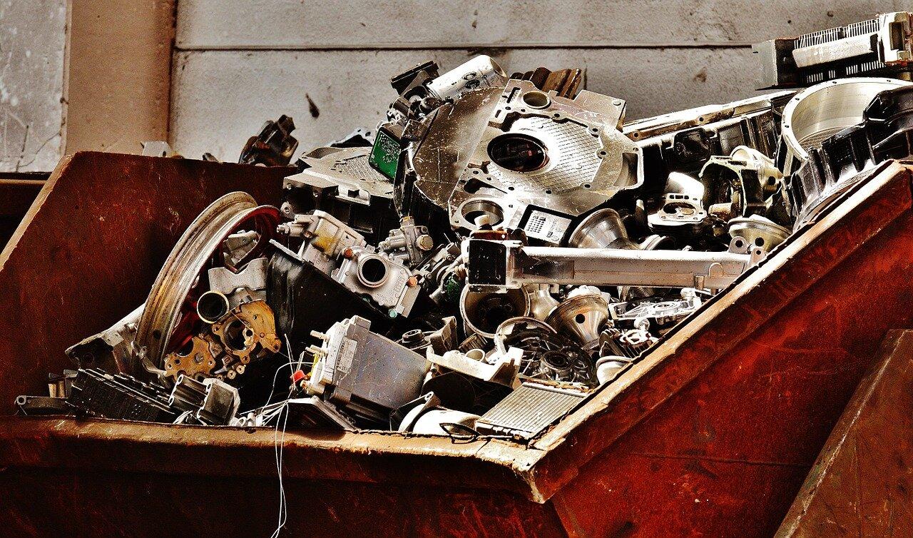 Urządzenia do recyklingu – rozdrabniacz odpadów komunalnych. Odpady i ich znaczenie